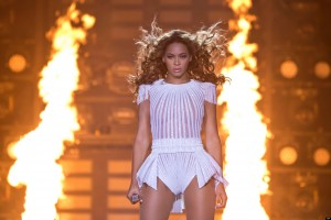 Beyonce Stage Flames