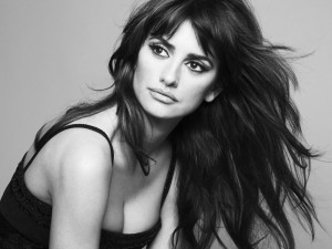 Penelope Cruz Hair FLow