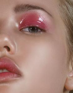 pink rocker makeup