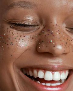 rainbow face model confetti