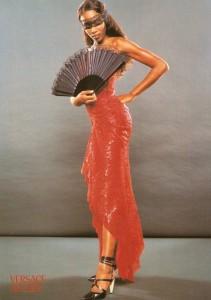 naomi campbell 90s fashion