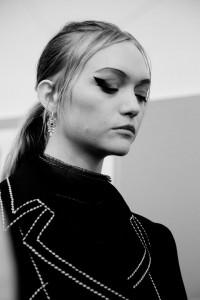 model backstage eyeliner