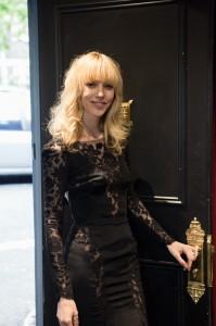 Eilika.Dress.Door