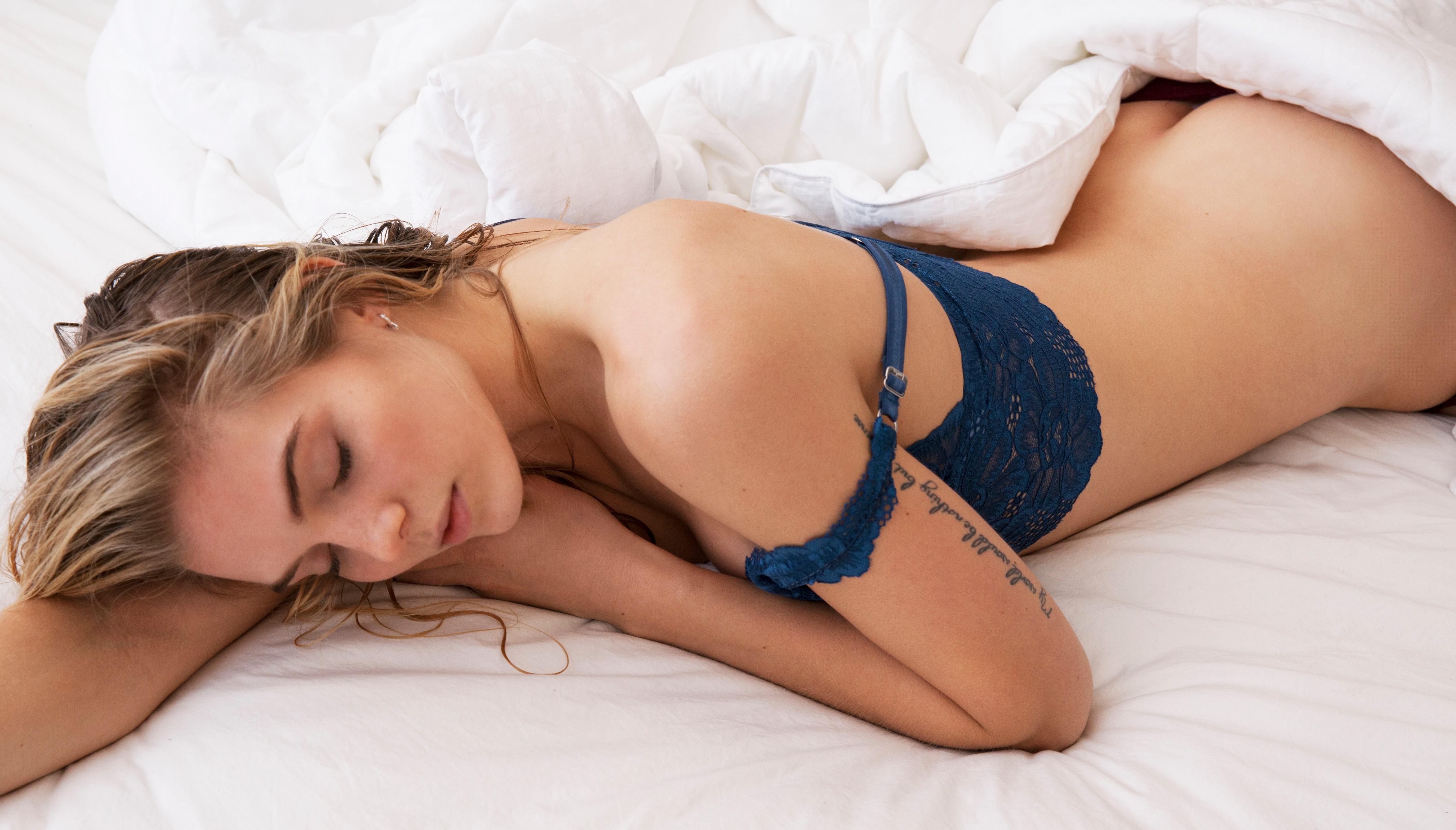 JordanMurray_Lingere_BedSheets_Sleeping