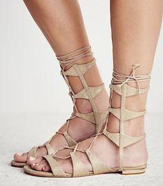 neautral sandals