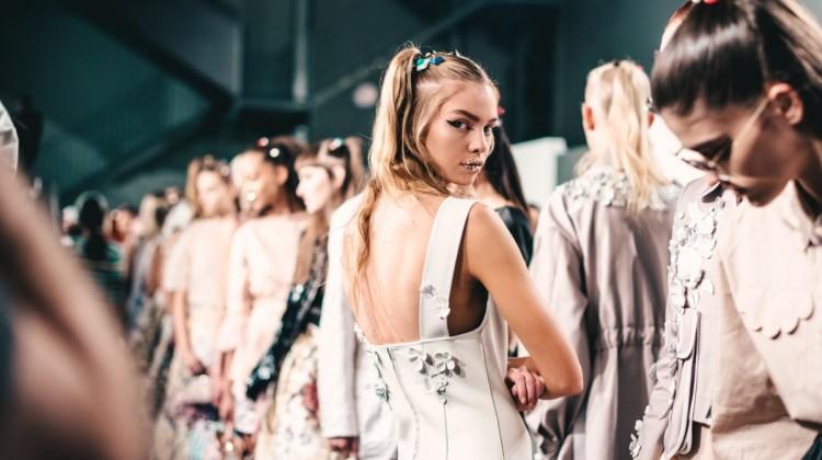 models fashion week fendi