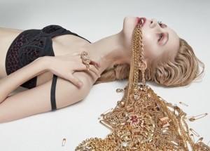 model accessories, model advice, model diet, amfam, top jewellery trends