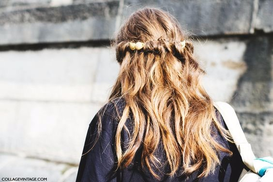 hair to hold a curl