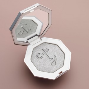 fenty beauty highlighter killawatt silver